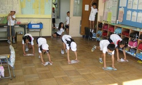 school-clean-2235-1480393110-1